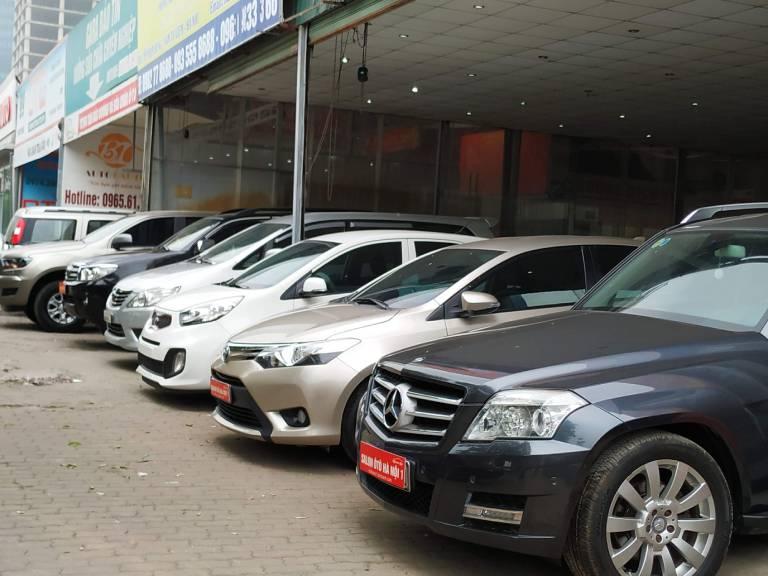 thuê xe ô tô tự lái huế