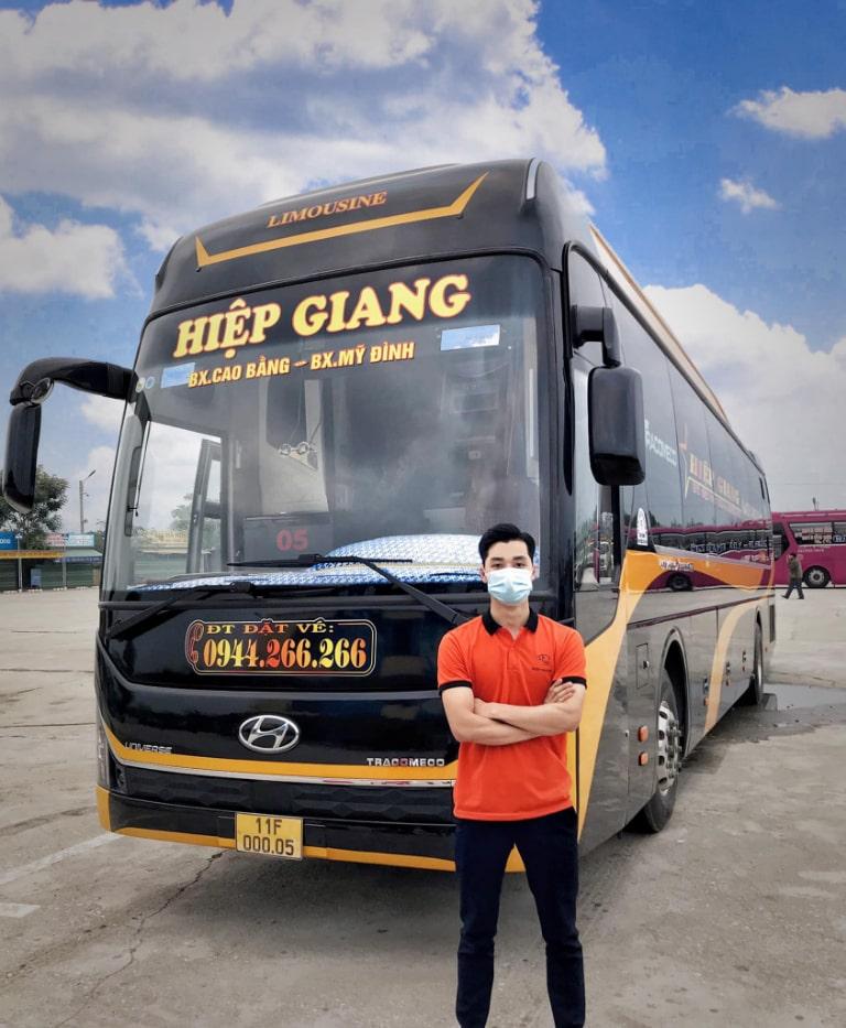 Xe khách Hiệp Giang chạy tuyến Cao Bằng