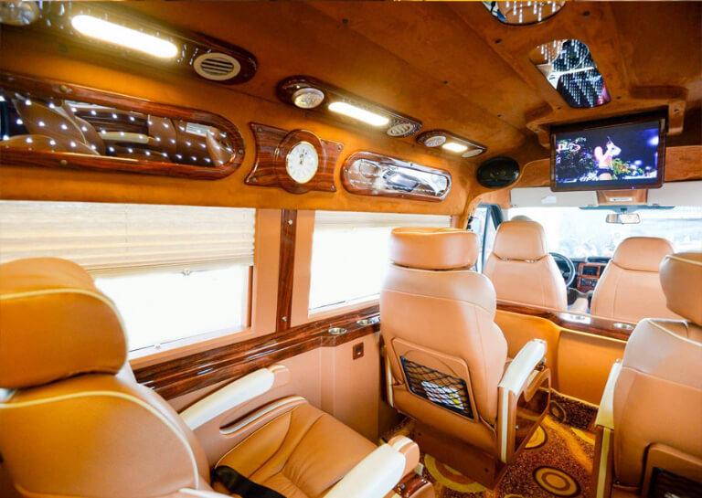 Xe Daily Limousine chạy chuyến Lào Cai