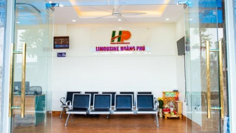 Văn phòng xe Hoàng Phú