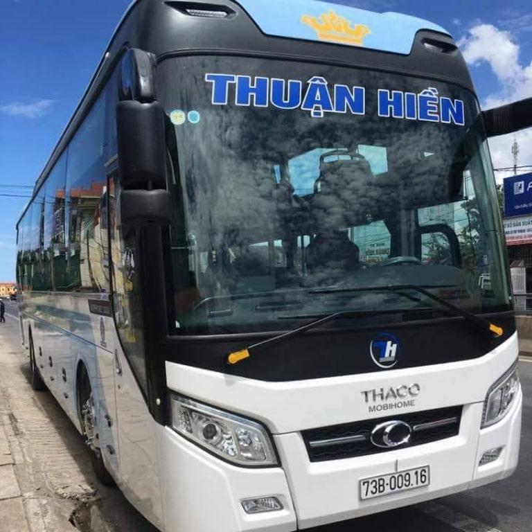 Xe khách Thuận Hiền