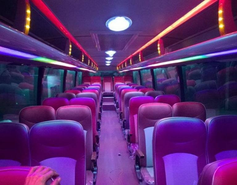 Ghế ngồi xe Linh Trang