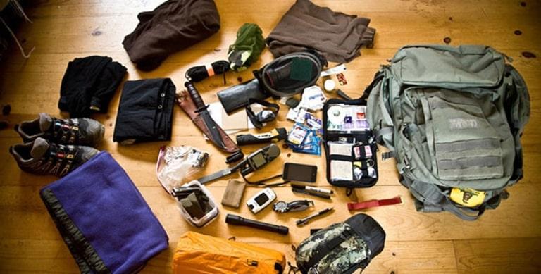 Chuẩn bị trang phục và đồ dùng cần thiết