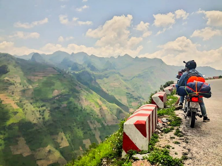 Hạn chế mang theo nhiều đồ khi du lịch Hà Giang