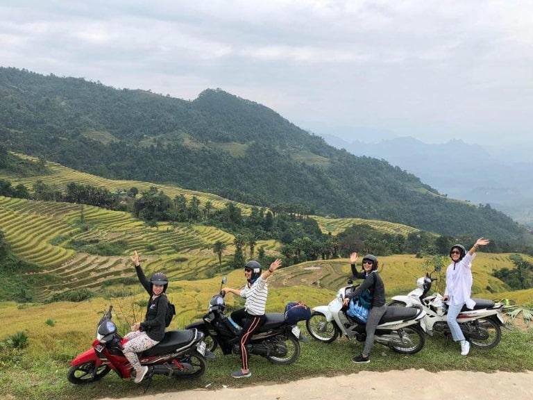 Bạn cũng có thể lựa chọn tour du lịch Hà Giang bằng xe máy từ Hà Nội