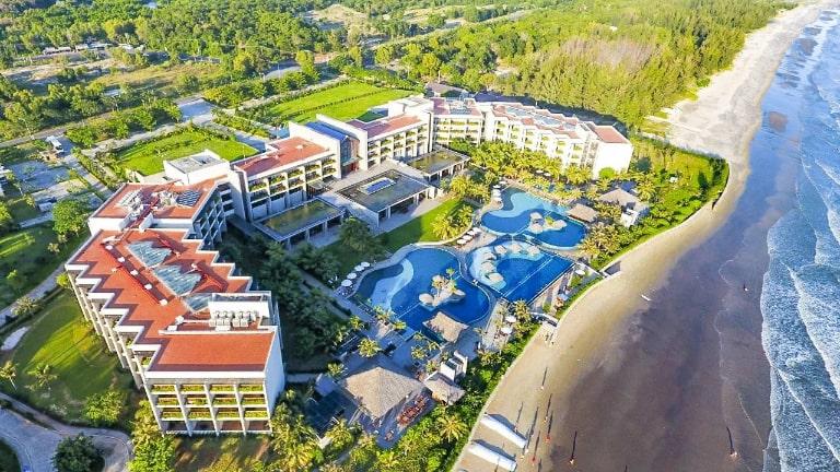 Những resort đẹp ngất ngây bên bờ biển Hồ Tràm - Vũng Tàu