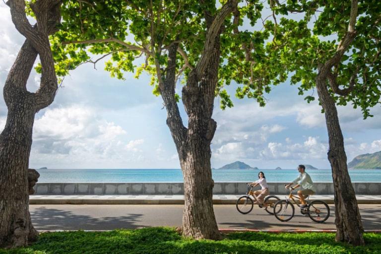 Hoạt động đạp xe quanh resort 5 sao Côn Đảo