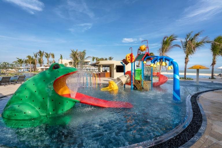 Khu vui chơi trẻ em cửa resort Melia Vũng Tàu