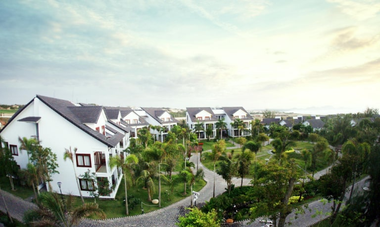Carmelia Beach Resort