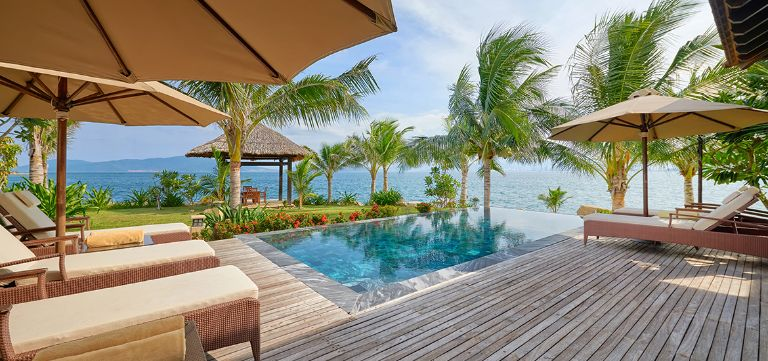 Villa cao cấp có hồ bơi - Ocean Pool Villa