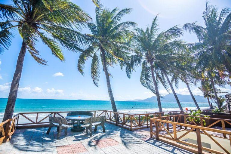 TOP 5 địa điểm nghỉ dưỡng gần biển thuộc resort Dốc Lết cao cấp nhất