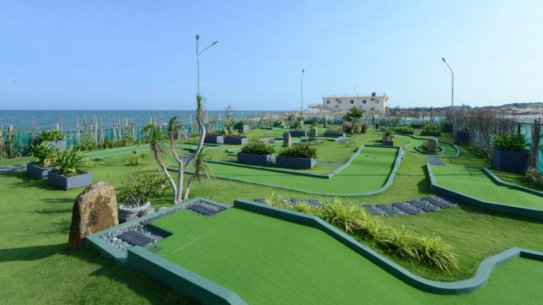 Sân golf mini tại InterContinental Grand resort Hồ Tràm