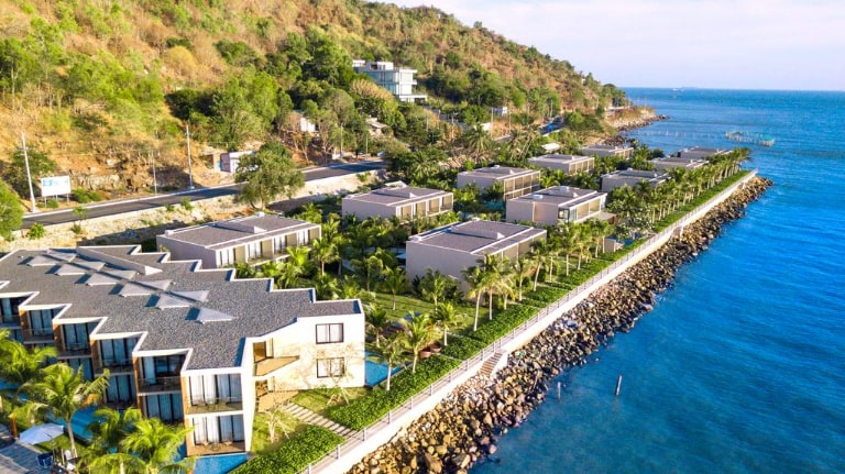 Thiết kế và vị trí ấn tượng của resort Merina Hồ Tràm