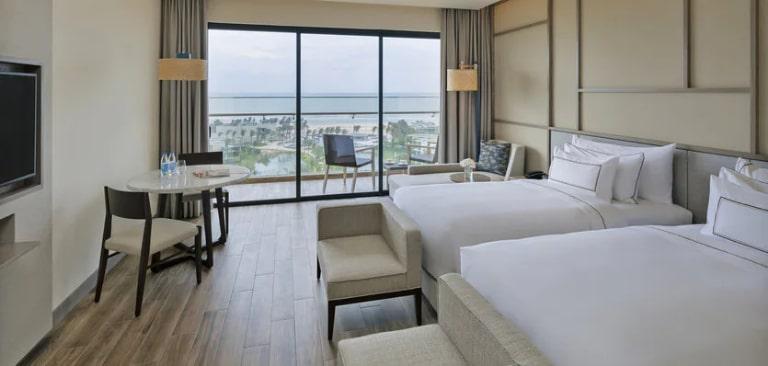 Phòng Deluxe 2 giường ngủ tại resort Melia