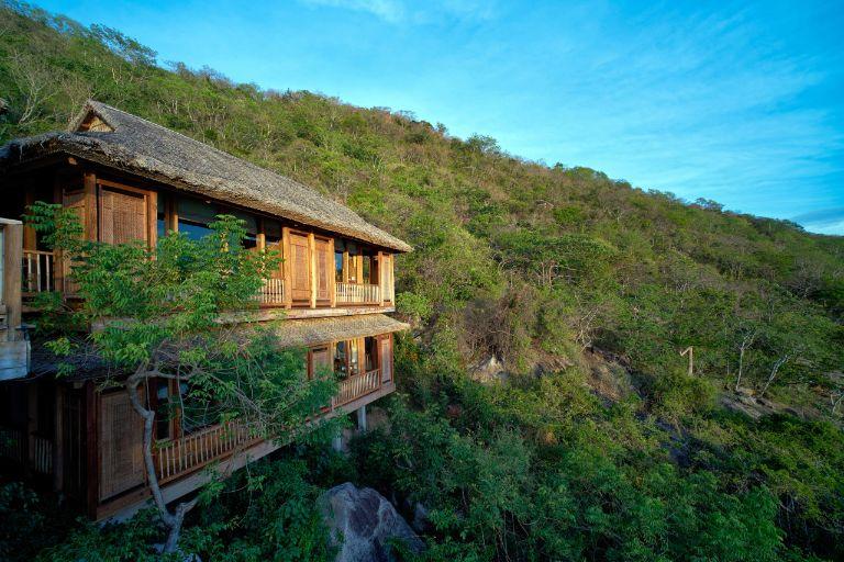 Hill Top Reserve tại resort Six Senses