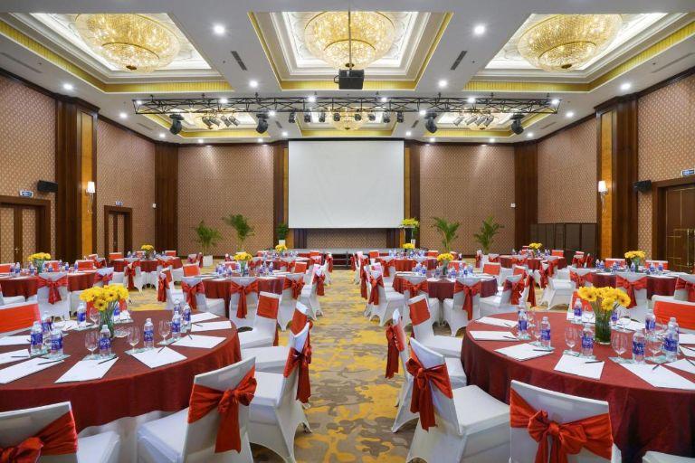 Tổ chức sự kiện, hội họp
