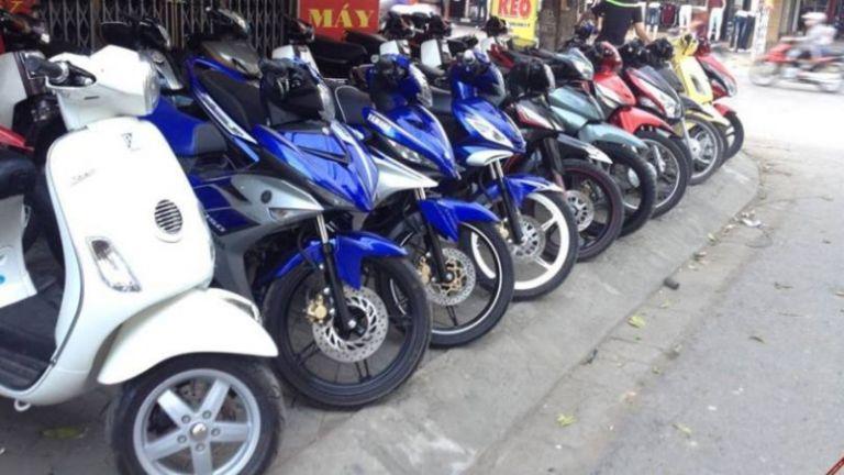 Thuê xe máy Nhật Quang