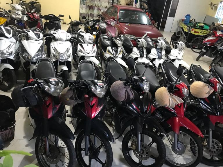 Thủ tục thuê xe máy