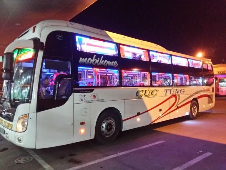 Cúc Tùng - Xe khách chạy cao tốc Đà Nẵng Quảng Ngãi.