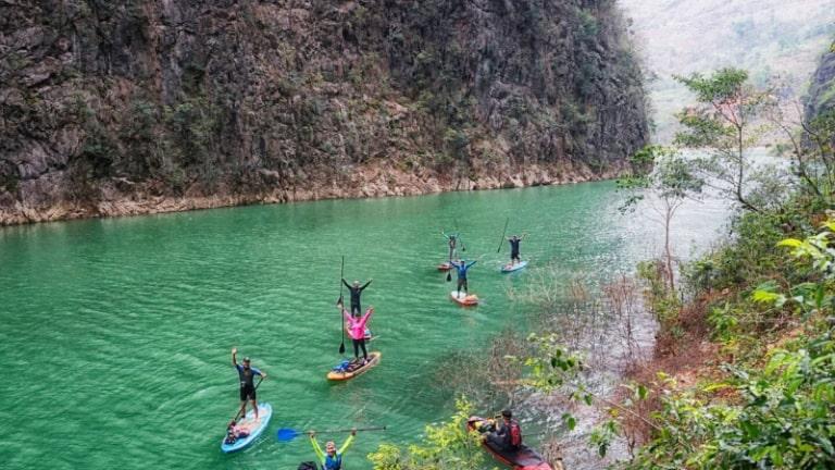 Con sông đẹp và nổi tiếng nhất ở vùng đất cao nguyên núi đá