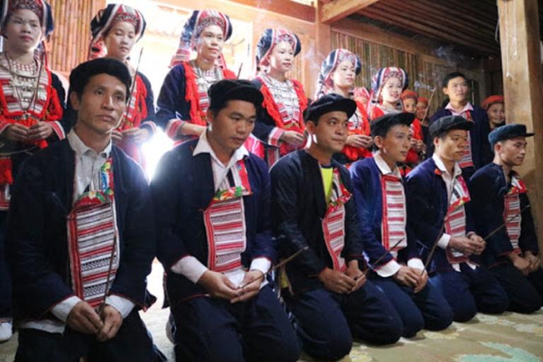 Một nghi lễ nổi tiếng của người dân tộc Dao