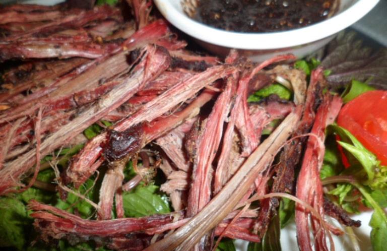 Đừng quên thưởng thức các món ăn hấp dẫn khi du lịch tự túc ở Hà Giang