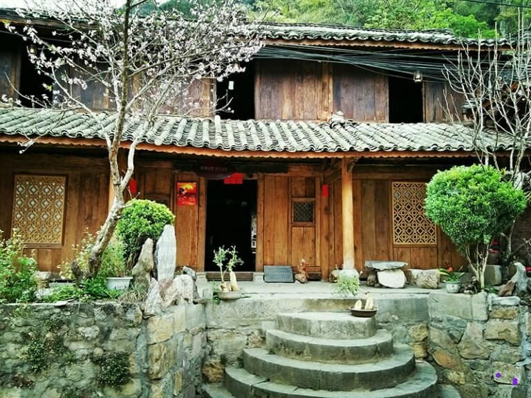 Là một địa điểm du lịch nên không quá khó để tìm địa điểm lưu trú ở Hà Giang