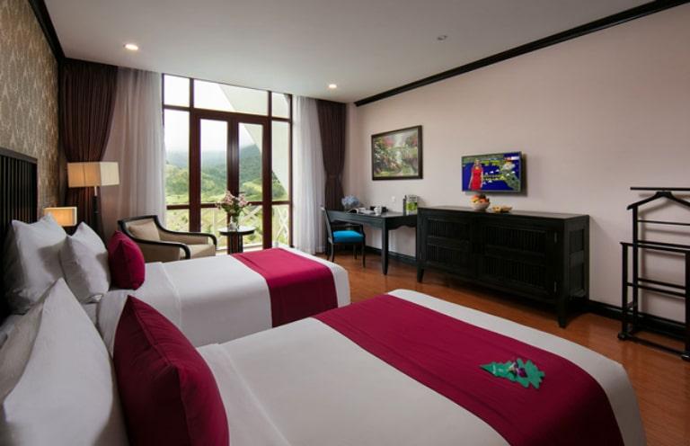 Phòng ngủ tiện ích tại resort 4 sao Đà Lạt Swiss-Belresort