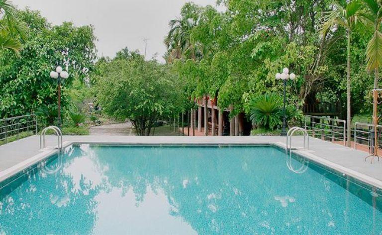Hồ bơi tại resort gần Hà Nội - Quảng Tây