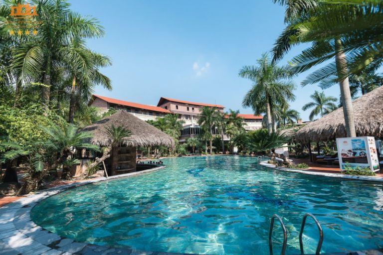 Hồ bơi của resort Asean - Resort gần Hà Nội