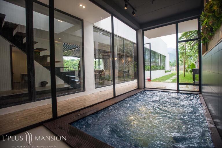 Bể tắm khoáng nóng tự nhiên tại Kim Bôi