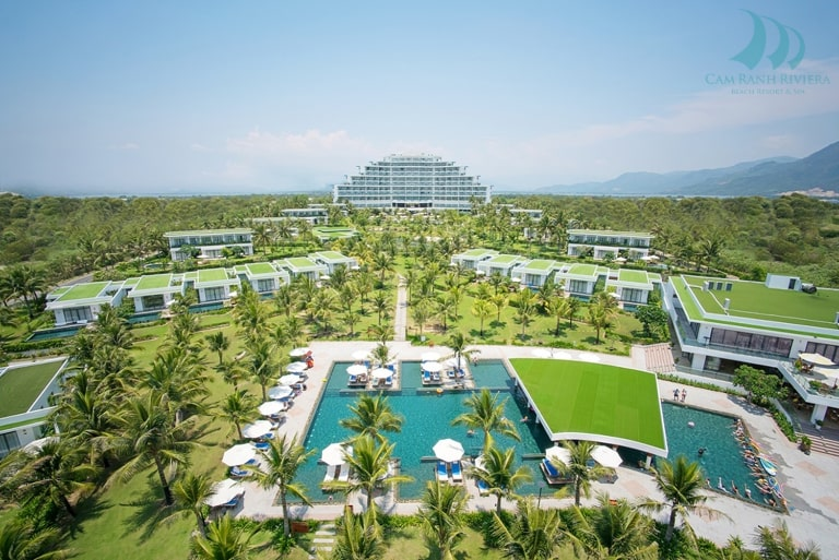 Resort Riviera có dịch vụ hoạt động đa dạng