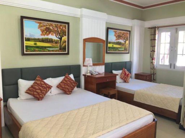 Triple Room tại resort Vĩnh Hy