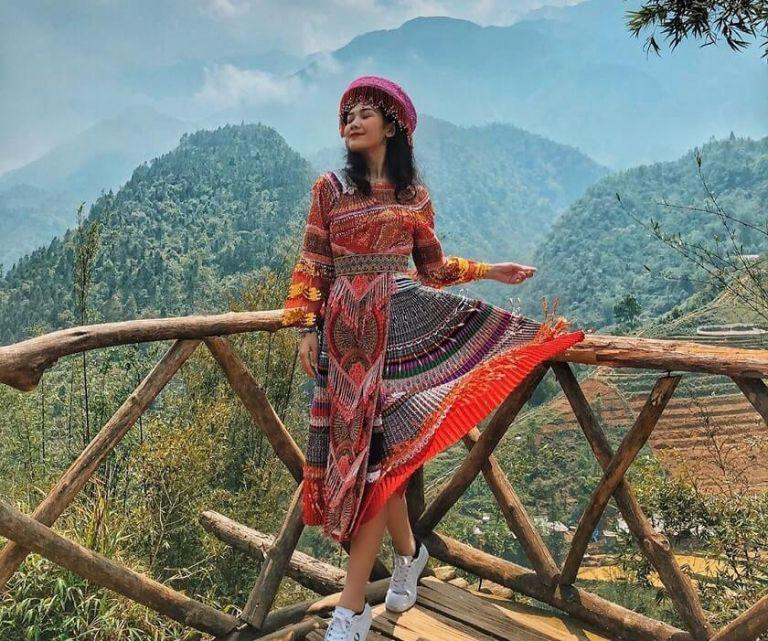 Lựa chọn trang phục du lịch phù hợp và thoải mái