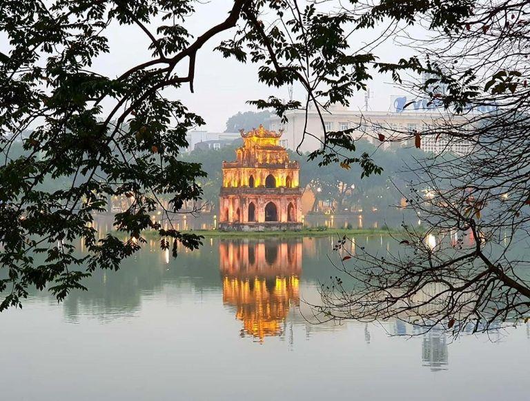 tour du lịch miền Bắc kết thúc ở Hà Nội