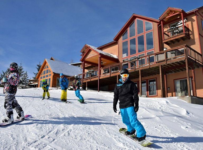 Ski Resort là gì?