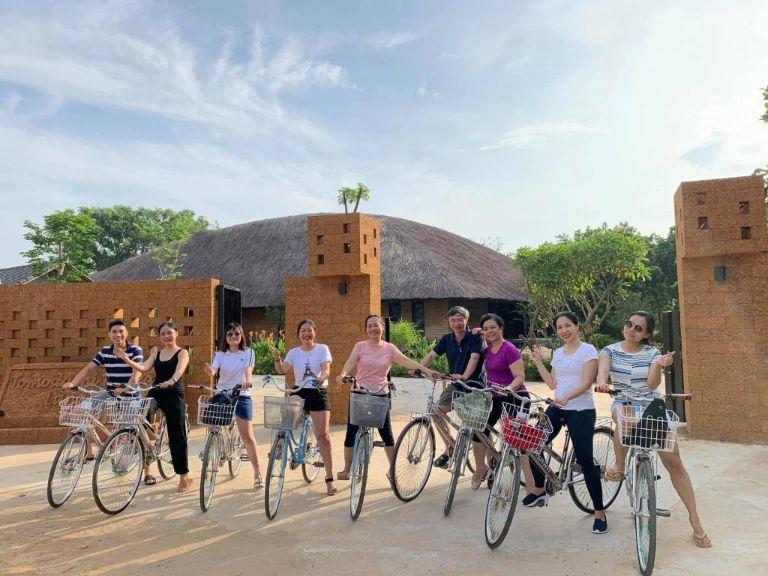 Đạp xe, câu cá quanh resort Làng Mít