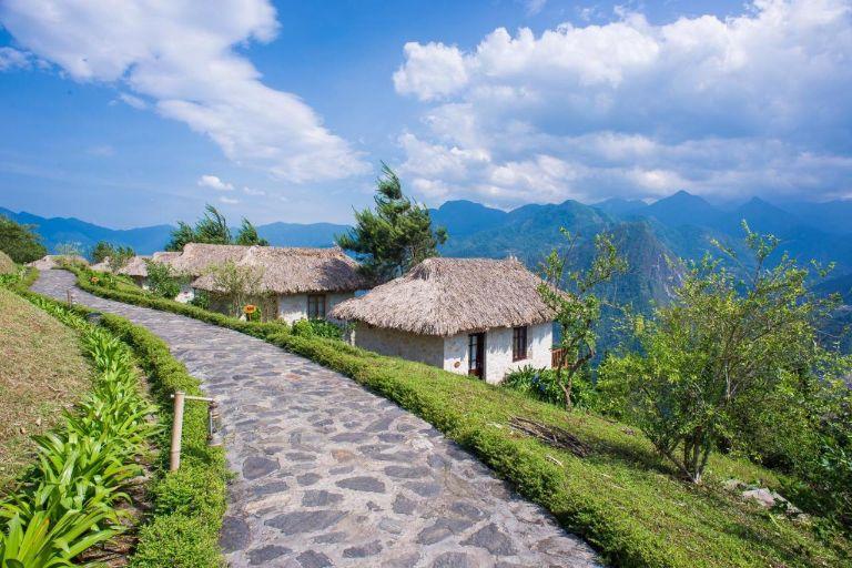Topas Sapa Resort