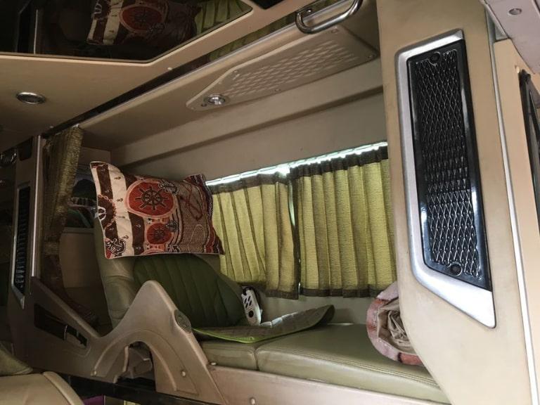 nội thất xe Sáu Bản