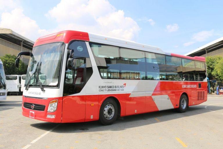 Xe khách đi từ Sài Gòn đến Đà Lạt Kumho Samco