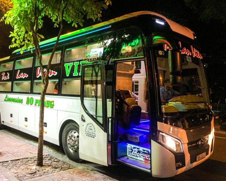 Trà Lan Viên xe khách đi Sài Gòn xuất phát từ Mũi Né