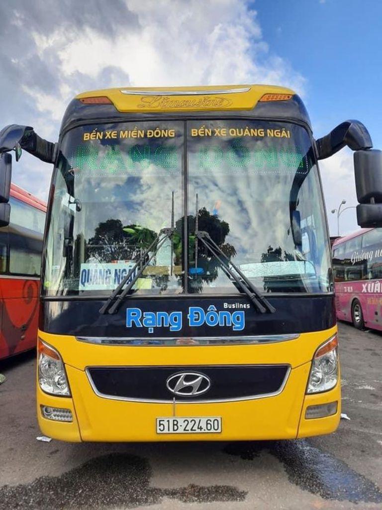 Xe khách sài Gòn Quảng Ngãi Rạng Đông Busline
