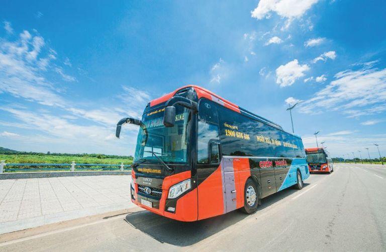 Xe khách tuyến Sài Gòn Quảng Ngãi Chín Nghĩa